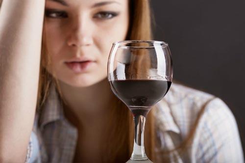 Безопасная доля алкоголя для женщин