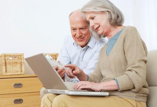 Интернет защищает пожилых людей от депрессии