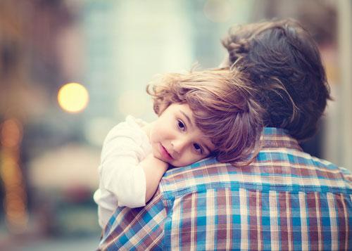 Как показать любовь ребёнку