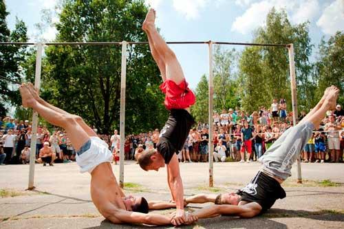 Стрит воркаут - уличный спорт