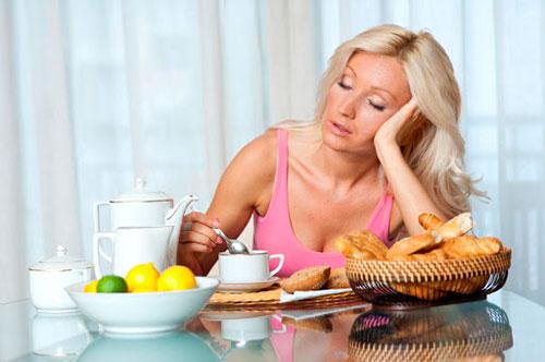 7 продуктов и напитков, которые истощают вашу энергию