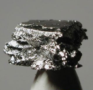 10 самых дорогих драгоценных металлов в мире