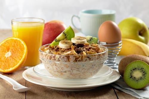 5 вариантов быстрого, вкусного и полезного завтрака