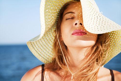Защищаем волосы в жаркую погоду