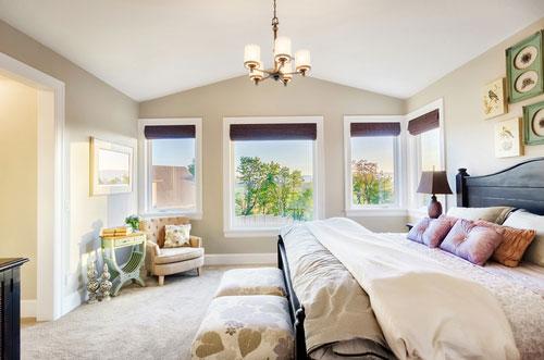 Здоровый сон в красивой спальне