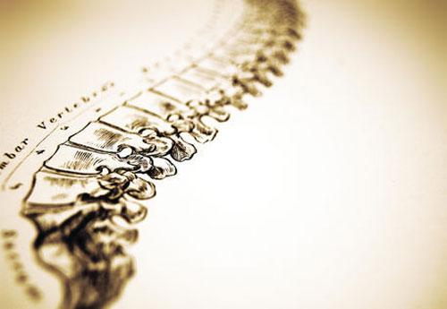 Грыжа позвоночника: особенности лечения