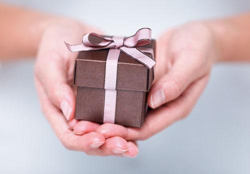 Головні плюси інтернет-магазину подарунків