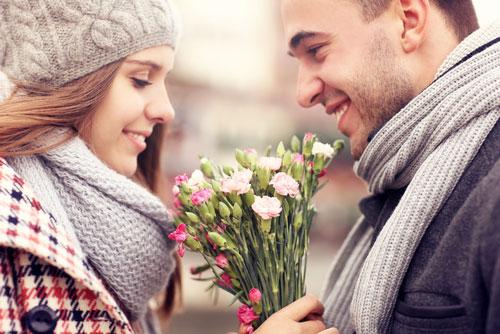 9 способов как привнести романтику в ваши отношения