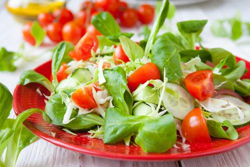 Как сделать вкусный и полезный салат