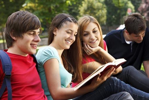 Как пережить кризис раннего взросления: 6 советов молодежи