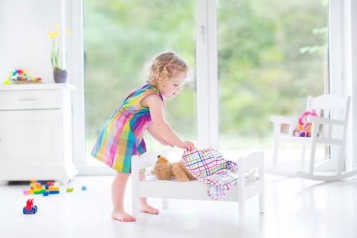 Приучаем ребенка к порядку в детской комнате