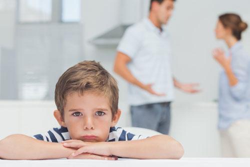 Влияние семейных ссор на психику ребенка
