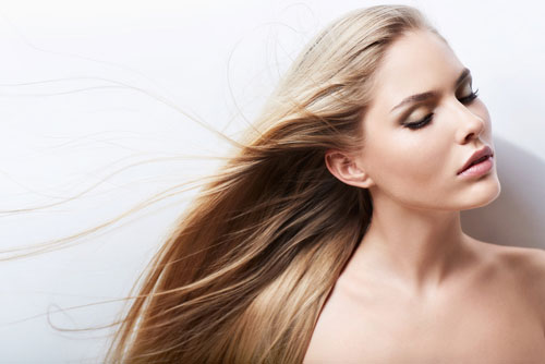Здоровые и красивые волосы: основные правила ухода