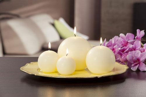 Выбираем ароматы для дома: свечи и благовония