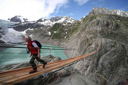 Самые красивые пешеходные мосты мира