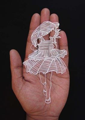 Индийский художник вырезает тончайшие шедевры из бумаги