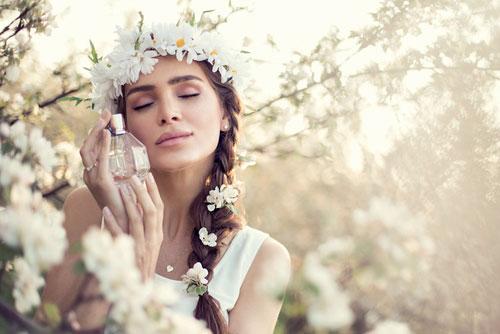Как продлить стойкость аромата духов или одеколона