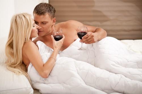 Мужчины не знают, как алкоголь влияет на зачатие ребенка