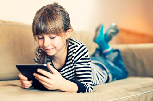 Интересные и развивающие игры для девочек