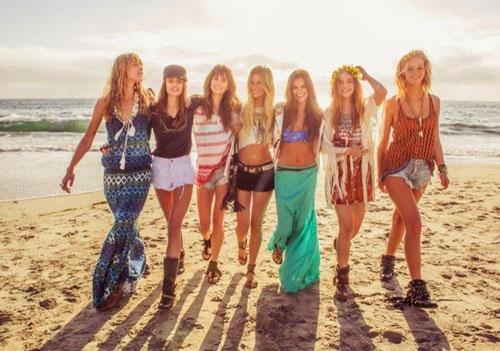 Модные подростки