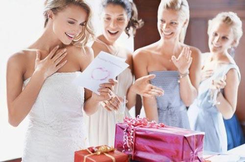 Подарки к свадебному торжеству