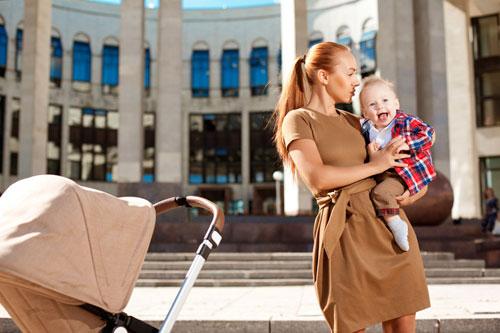 Полезные аксессуары для детских колясок