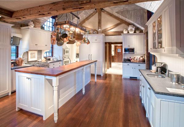 Тонкости обустройства кухни в деревенском стиле