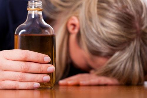 Алкоголизм: симптомы, стадии и способы лечения