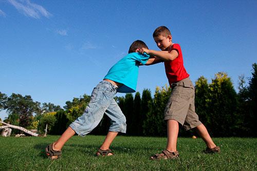 Источники детской агрессии и способы борьбы с ними