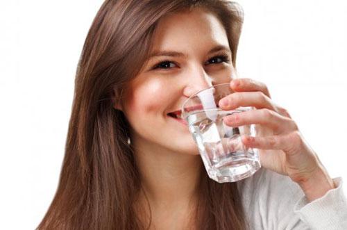 Мифы о воде: как правильно соблюдать питьевой режим