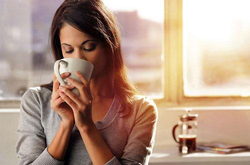 10 причин перестать пить кофе по утрам