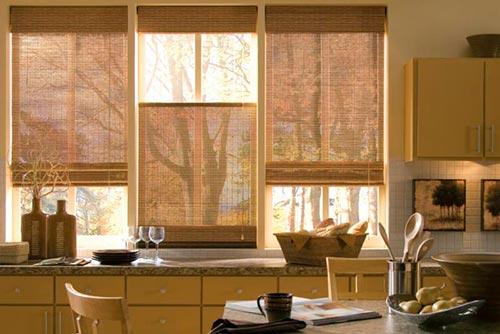 bambukovye zhalyuzi na okna