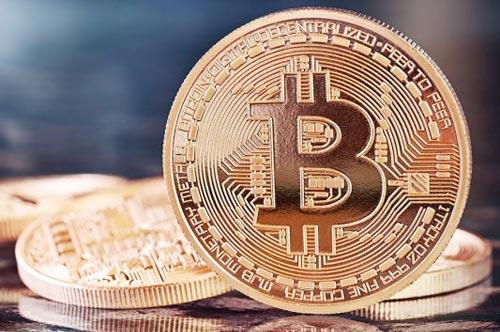Что такое биткоин, откуда он взялся и стоит ли его покупать