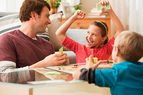 Дети не ценят вещи: как решить проблему