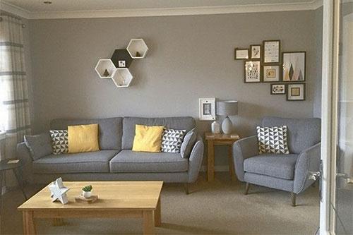 Преимущества профессиональной химчистки диванов