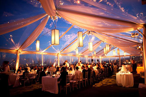 Свадебный банкет в шатре