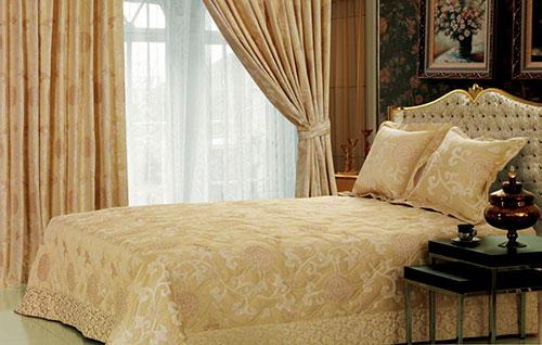 Жаккардовое настроение в спальне
