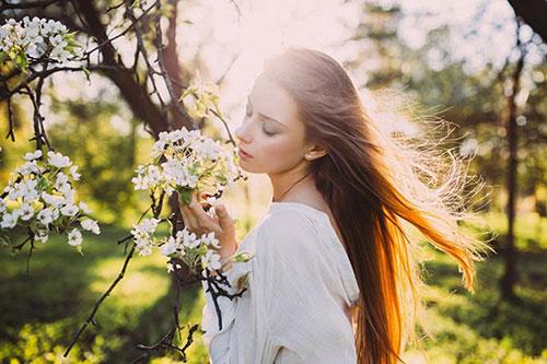 Уход за волосами весной - время преобразования локонов к лучшему