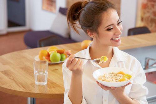 Здоровье женщины и правильный завтрак