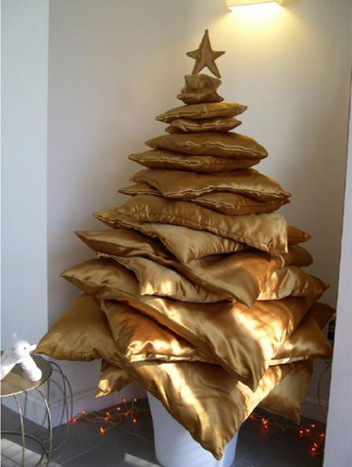 10 самых необычных Новогодних елок (фото)