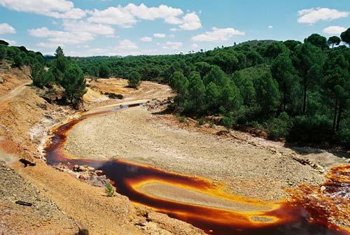 Необычная река Испании
