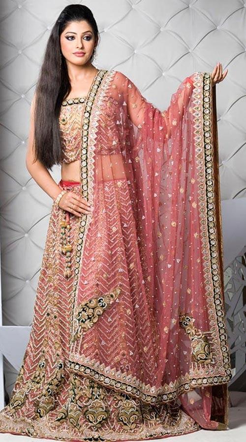 Красивое индийское платье