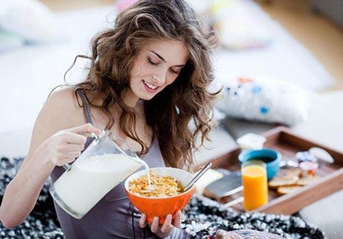 10 причин, чтобы завтракать каждое утро