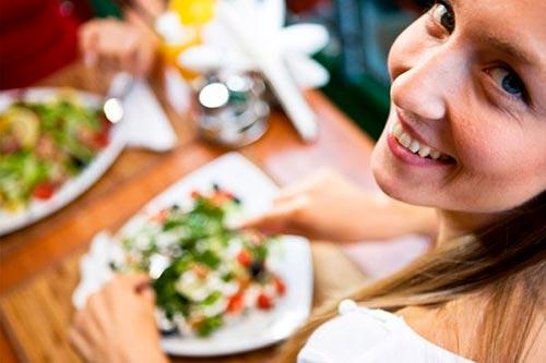 Почему так сложно придерживаться правильного питания