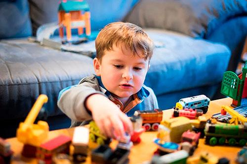 Как выбрать правильно игрушку для ребенка