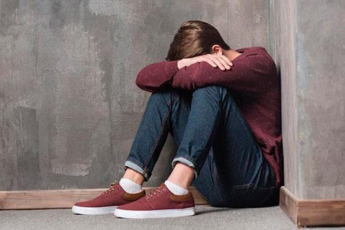 Проблемы с ментальным здоровьем подростков: когда пора бить тревогу?