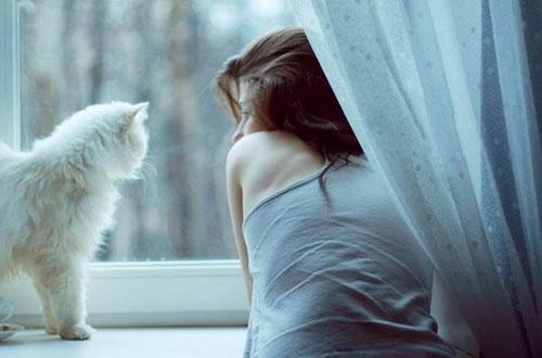 Как не грустить, если живешь одна?