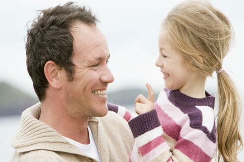 Отец и дочь: 50 советов как стать для нее героем