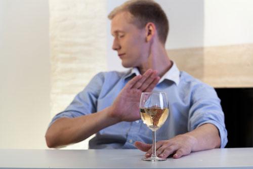 Что делать чтобы люди прекратили употреблять алкоголь