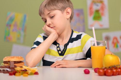 Причины появления и последствия лишнего веса у детей